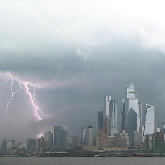 Tropikal kasırga Elsa New Yorka yaklaşıyor