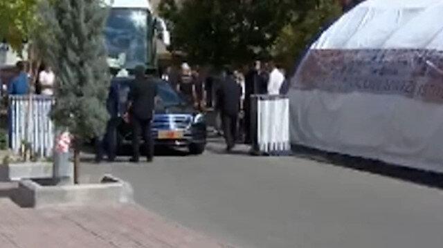 Cumhurbaşkanı Erdoğan'dan 'evlat nöbeti'ndeki ailelere ziyaret