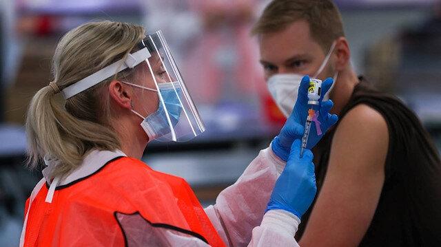 Yeni araştırma: ABD'de koronavirüs aşı uygulaması 280 bine yakın ölümü engelledi