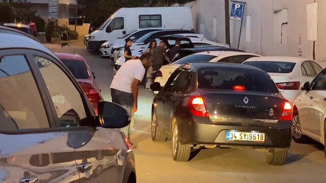 Kadıköy polisinden değnekçiye suçüstü kamerada