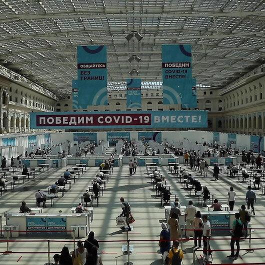 Rusyada Kovid-19'a karşı aşılama sürecini hızlandırmak için toplu aşılama merkezleri açılıyor
