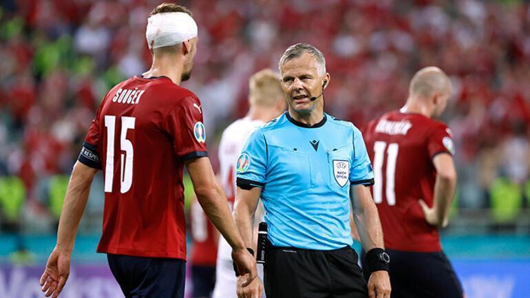 Hakem Björn Kuipers, EURO 2020'de 3 maçta düdük çaldı.