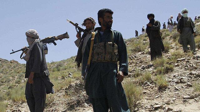 Afganistan'da Taliban'ın hızlı ilerleyişi sürüyor