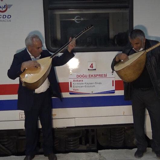 Doğu Ekspresi seferleri yeniden başladı: Aşıklar yolcuları sazlı sözlü karşıladı