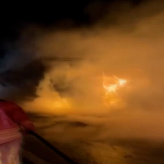Kuzey Marmara Otoyolunda saman yüklü TIR alev alev yandı