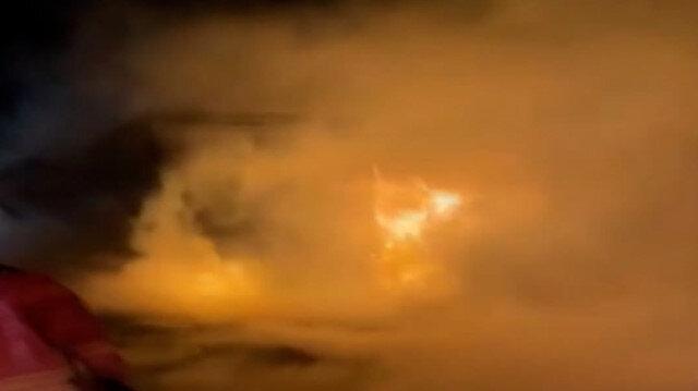 Kuzey Marmara Otoyolu'nda saman yüklü TIR alev alev yandı