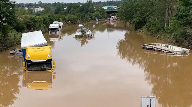 Almanya'da sel: Hayatını kaybedenlerin sayısı 133'e çıktı