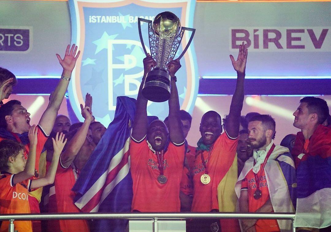 Ponck kariyerinin ilk ve tek şampiyonluğunu Başakşehir'de yaşadı.