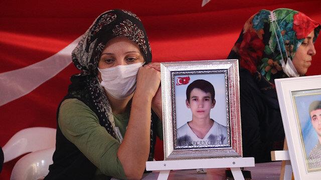 Evlat nöbetindeki anneler Kurban Bayramı'nda çocuklarına kavuşmak istiyor