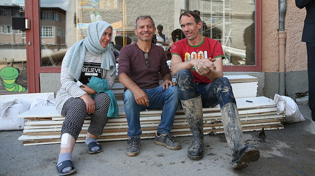 Avusturya'da sel mağduru Türk çift yaşadıkları korku dolu anları anlattı