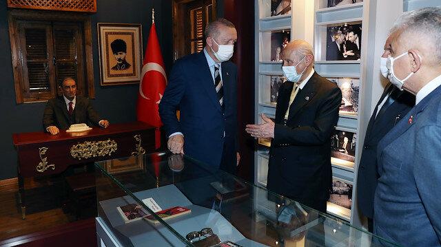 Cumhurbaşkanı Erdoğan'dan Alparslan Türkeş'in doğduğu müze eve ziyaret