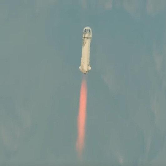 Milyarder Jeff Bezos uzaya çıktı