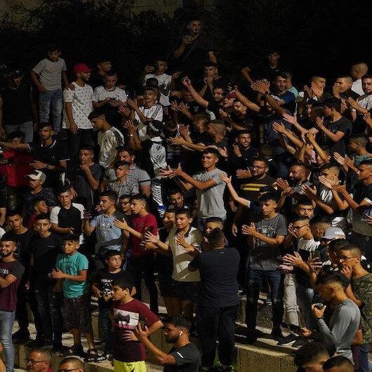 İşgalci İsrail bayramı kutlayan Filistinlilere saldırdı
