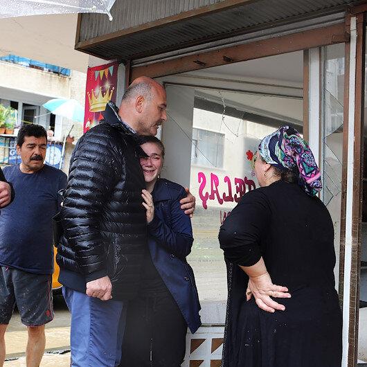 İçişleri Bakanı Soylu Arhavide sel bölgesinde incelemelerde bulundu