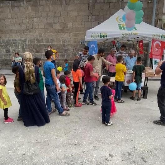 İHH Niğdede çocuklara dondurma dağıttı