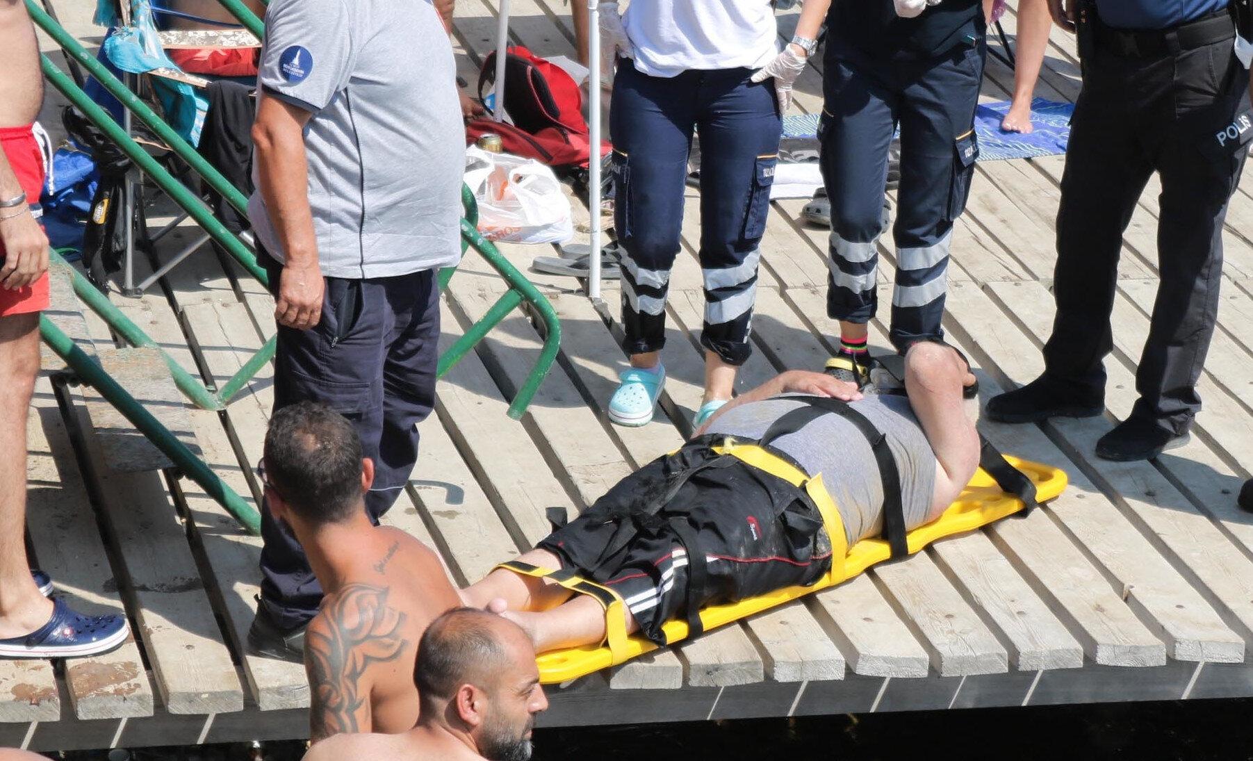 Güçlü, kazayı şans eseri yaralı olarak atlattı.