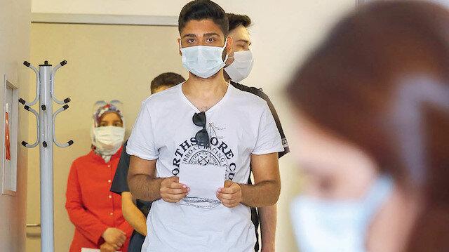 Hastaneye yatanlar aşısız