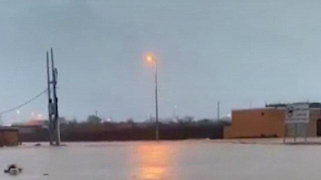 Suudi Arabistan'ın Cizan kentinde aşırı yağışlar sele sebep oldu
