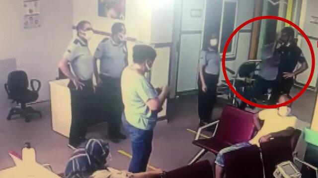 Yardım istediği polis memurunun beylik tabancasını alıp kaçmaya çalıştı