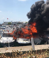 Maltepe Sahilinde 9 tekne yandı