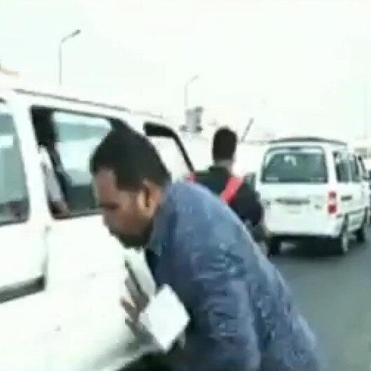 Mısırda canlı yayın sırasında muhabire motosiklet çarptı
