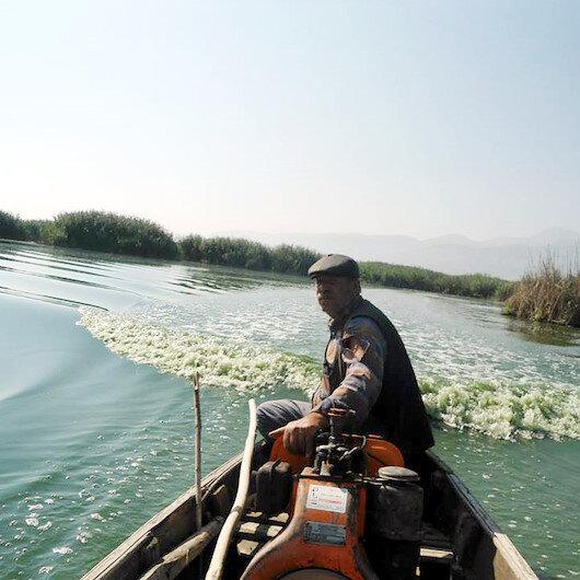 Eber Gölü can çekişiyor: 'Hiç bitmez tükenmez sandık'