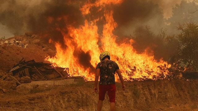 Son Dakika Antalya Haberleri... Manavgat'taki yangında 3 kişi öldü! Akseki'de de orman yangını çıktı