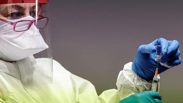 Vakalar patladı yetkililer harekete geçti: New York'ta aşı zorunluluğu