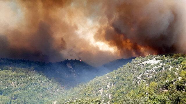 Kızılay Manavgat'taki yangın bölgesine afet uzmanlarını gönderdi