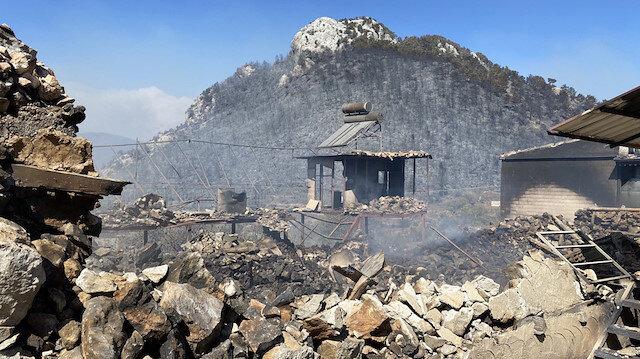 Manavgat'ta yangın: Oymapınar Barajı'nda mahsur kalanlar kurtarıldı