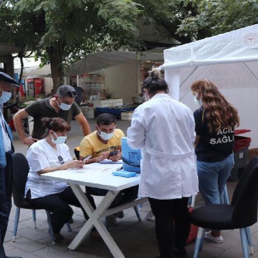 En fazla vaka artışı yaşanan Siirt'te aşı alarmı: Çadırlar gece yarısına kadar hizmet verecek