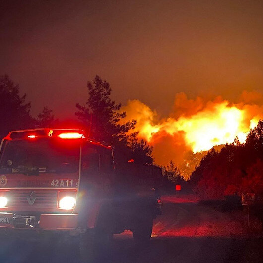 بينها الولايات المتحدة وروسيا.. دول عديدة تسعى للسيطرة على الحرائق