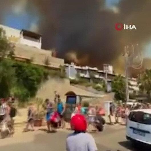 Bodrumda yangın devam ediyor: Bazı ev ve oteller tahliye edildi