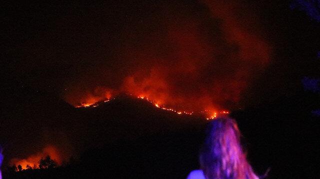 Manavgat'ta 2 yangın işçisi hayatını kaybetti: Yanan arazözden çıkamamışlar!