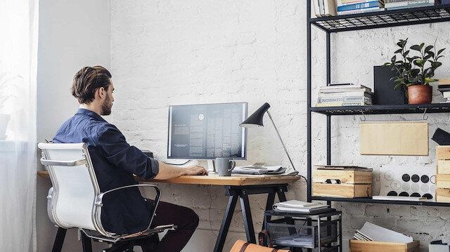 Teknoloji devi Google'dan yeni tepki çekecek uygulama: Evden çalışana az maaş