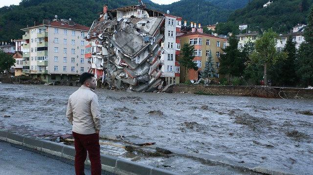 Görüntüler korkunç: Bozkurt'taki sel felaketinin boyutu gün ağarınca ortaya çıktı