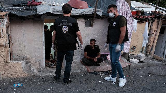 İstanbul'un sekiz ilçesinde uyuşturucu satıcılarına şafak operasyonu: 22 gözaltı var