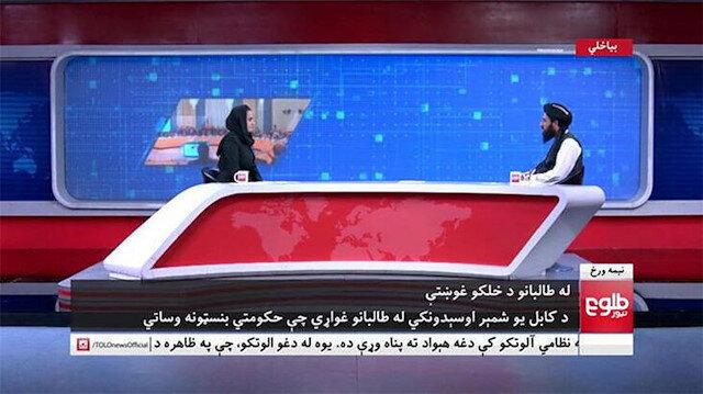 ابتدا در تلویزیون افغانستان: سخنگوی طالبان به سوالات مجری برنامه پاسخ داد