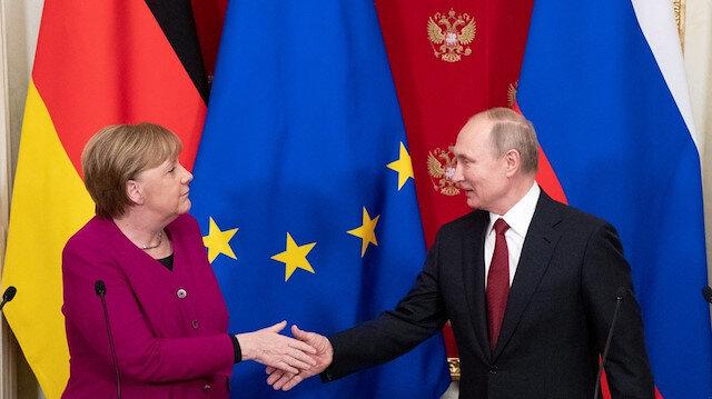 Angela Merkel'den Vladimir Putin'e veda ziyareti: Moskova'da bir araya gelecekler