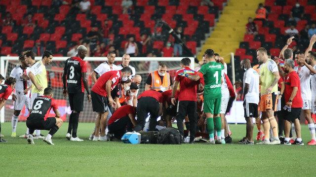 Beşiktaş'ta Fabrice N'Sakala hastaneye kaldırıldı: Bilinci açık durumda