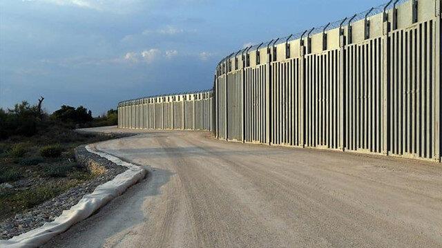 Yunanistan'ın Afgan mülteci korkusu: Türkiye sınırına 40 kilometrelik çelik duvar ördüler