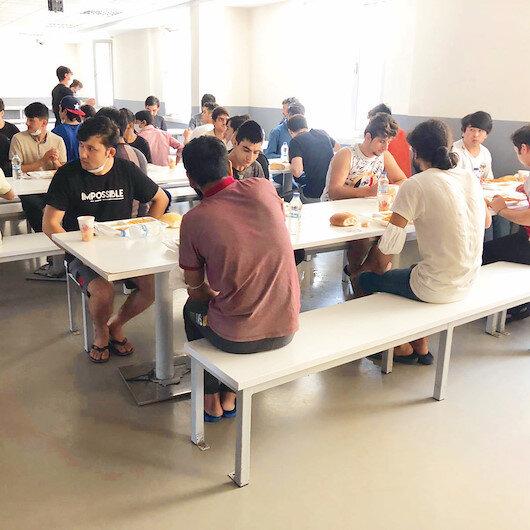 Van'da geri dönme merkezinde göçmenlere meslek dersi