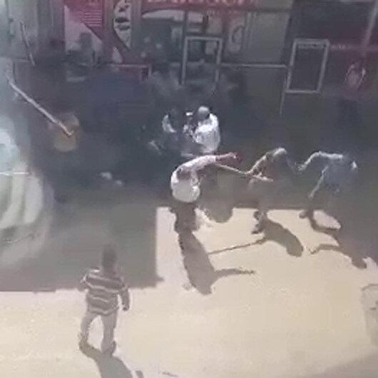 Karsta iki grup arasında sopalı bıçaklı kavga kamerada