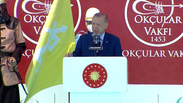 Cumhurbaşkanı Erdoğan Malazgirt'te konuştu: Büyük ve güçlü Türkiye yolunun kesilmesine rıza göstermeyeceğiz