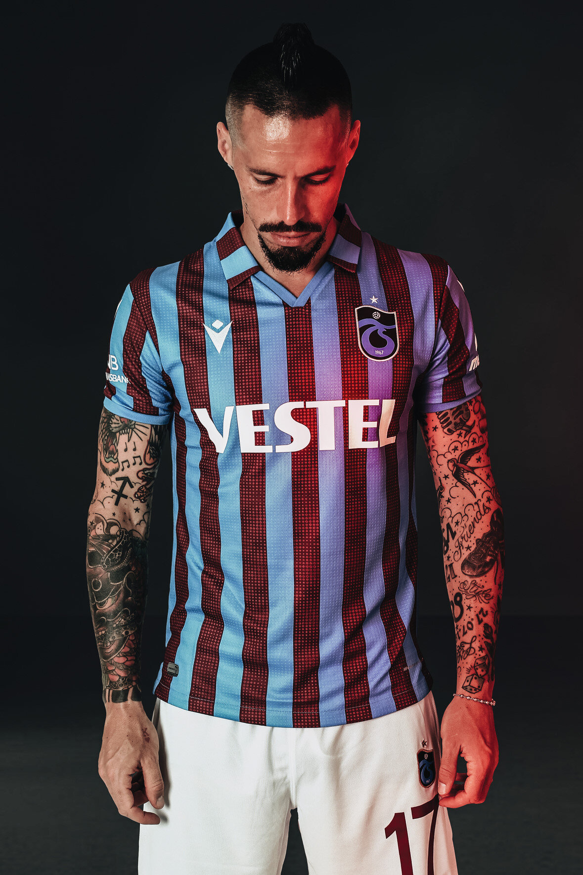 Marek Hamsik, Trabzonspor'da 17 numaralı formayı giyiyor.