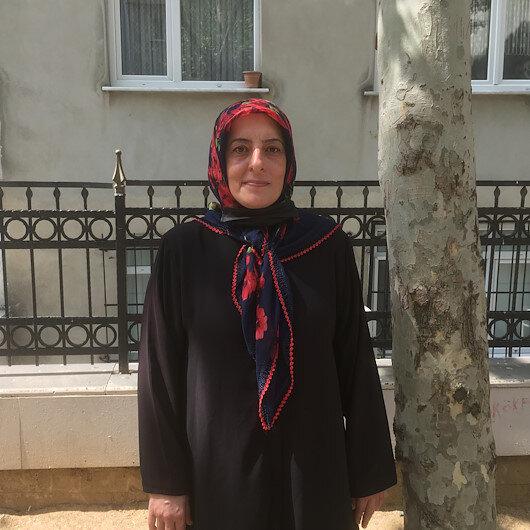 Bakan Kuruma sarılıp ağlayan Gülizar: Rabbim Bakanımızın önüne taş gözüne yaş değdirmesin