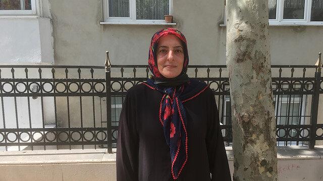 Bakan Kurum'a sarılıp ağlayan Gülizar: Rabbim Bakanımızın önüne taş gözüne yaş değdirmesin