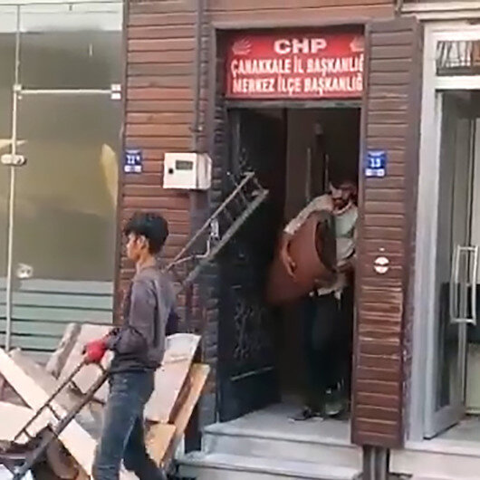 CHPnin mülteci çelişkisi: Parti binasında çalıştırdılar