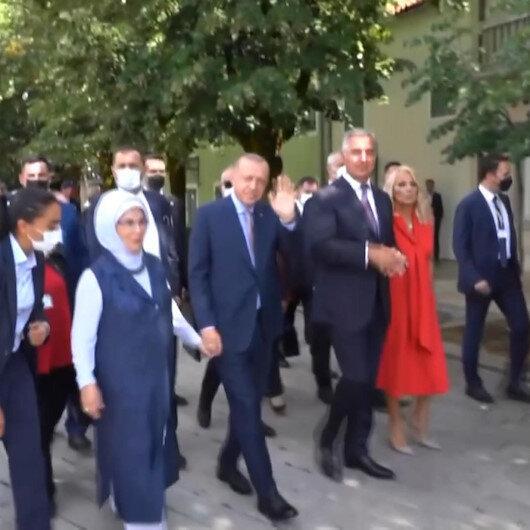 Cumhurbaşkanı Erdoğana sevgi gösterisi