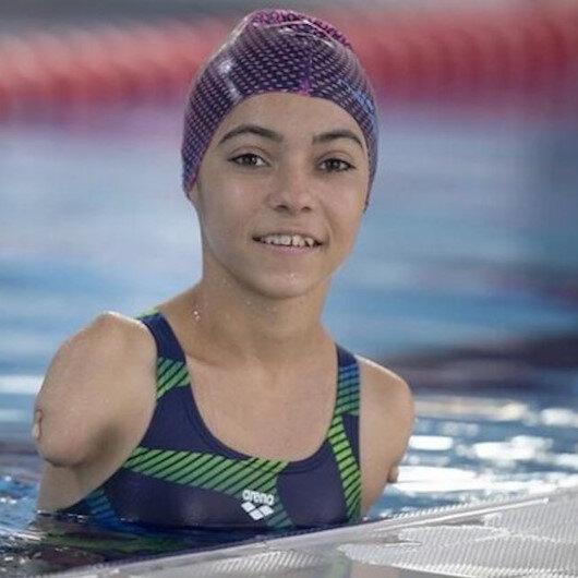 """التركية """"أوزتورك"""" تحرز برونزية السباحة ظهر 50 متر"""